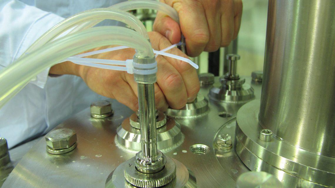 Handling on Bioreactor